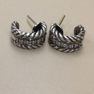 david yurman small earrings with diamond
